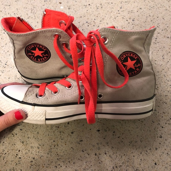 70422a550375 Converse Shoes - 🔥SALE  Converse Side-Zip All Stars Size 5